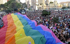 PARADA DO ORGULHO LGBT COLORE AS RUAS DE BH DIA…